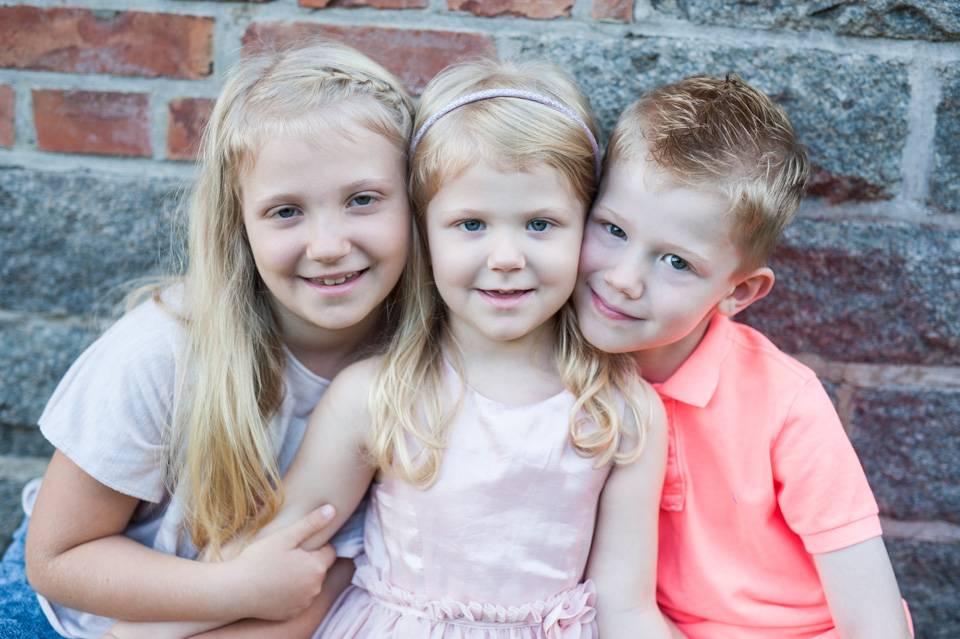 Evelinas-Foto-Therese-Salmi-Familjen-Familje-Fotografering-Spinneriet-Lindome-21e-Augusti23(1)